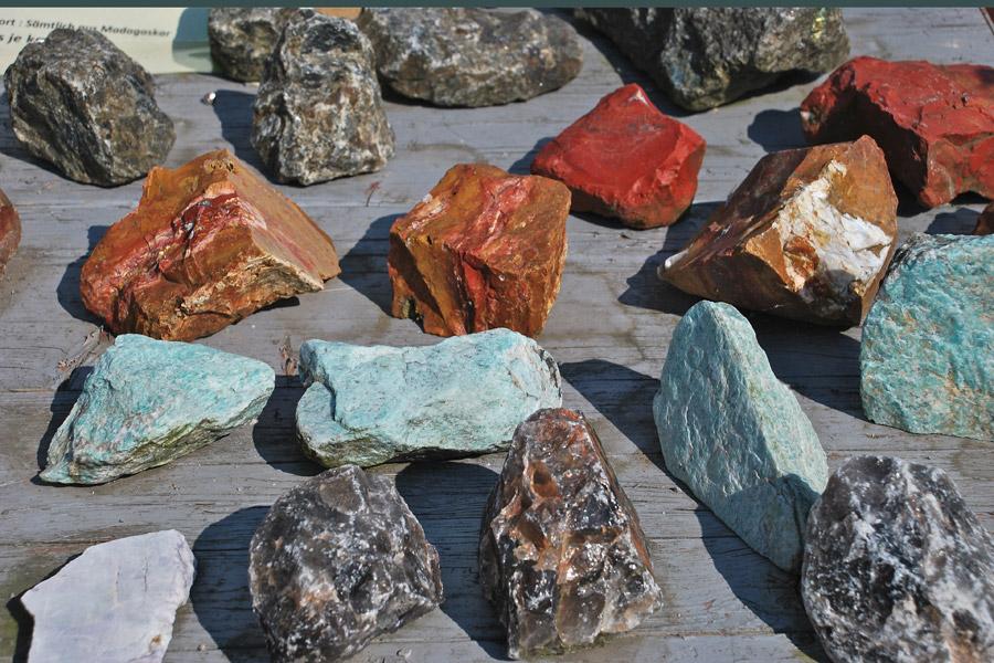kunst-mineralien-001.jpg